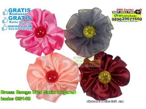 Bross Pita Kecil 1 bross bunga pita satin organdi souvenir pernikahan