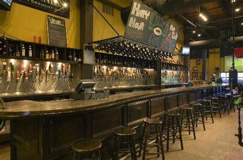 Bars In Waco Cricket S Grill Draft House Waco Restaurant Reviews