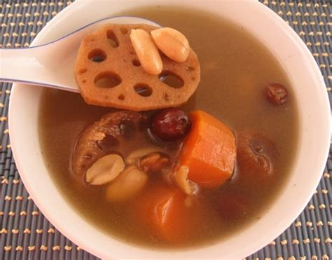 lotus soup benefit lotus root heath benefits nutritional facts uses recipes