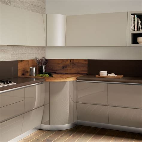 in cucina sfruttare l angolo in cucina cose di casa