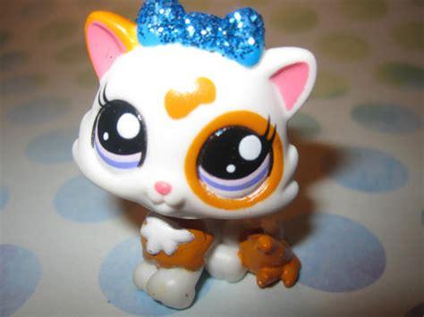 collectable toys littlest pet shop cat glitter