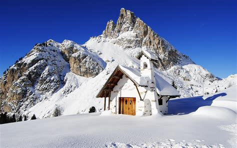 house snow mountain house landscape snow wallpaper 1920x1200 123494 wallpaperup