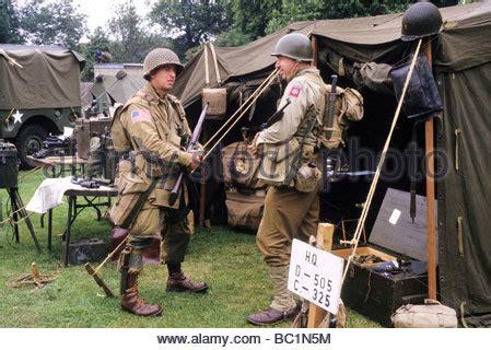 2 Weltkrieg Motorrad Kaufen by 2 2 Weltkrieg Milit 228 Rischen Reenactment Meldereiter Auf