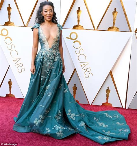 Oscar Frock Horrors Cqs Letters To The by Oscars 2018 Betty Gabriel Steals Spotlight From Get Out
