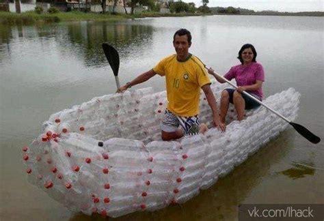 un barco hecho de botellas de plastico barco hecho de botellas de pl 225 stico p 225 gina 1