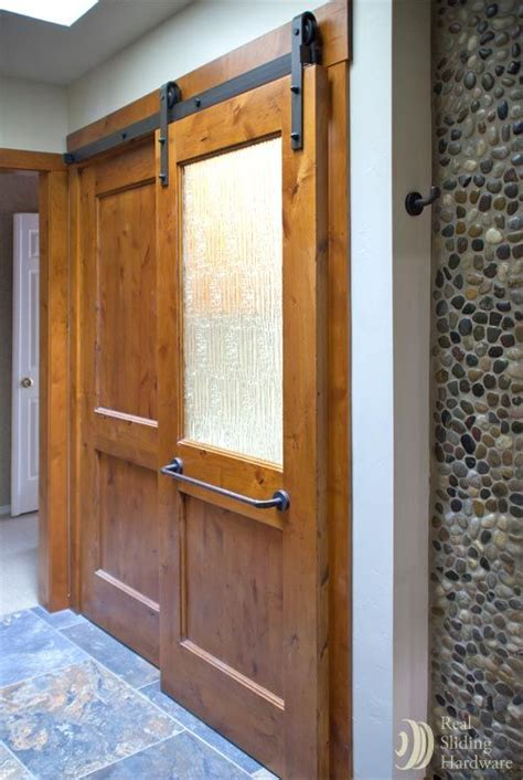 Barn Doors For Bathroom Bathroom Sliding Barn Door Decorating Ideas
