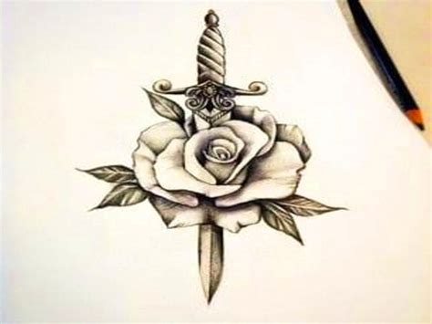 disenos tatuajes de rosas para hombre los mejores tatuajes de rosas originales para mujeres y