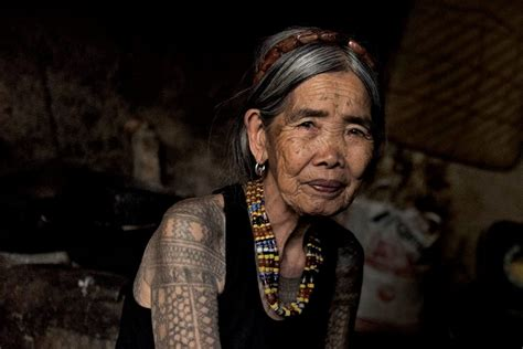 old women with tattoos 100 year is a artist and still inking it