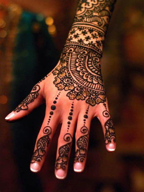 henna tattoos near me uk 12 beautiful intricate henna tattoo patters design swan