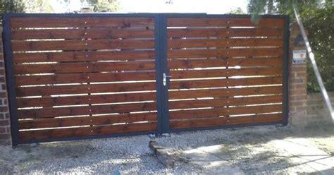 porton echo con palet cerramientos y portones en hierro y madera 19 900 00