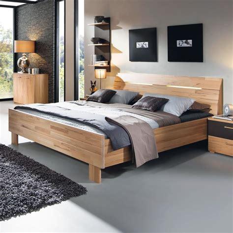 Betten Und Bettgestelle by 220 Ber 1 000 Ideen Zu Bettgestelle Auf Betten