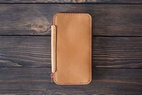 Handmade Leather Iphone Wallet - the handmade leather iphone wallet for your phone cards