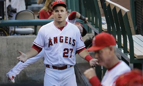 mike trout bench press 12 hall of famers mike trout has surpassed in career war