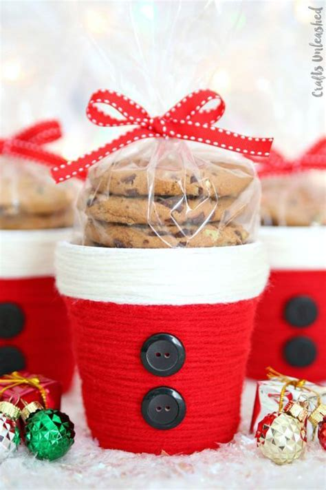 easy diy christmas crafts    home merry  bright christmas crafts