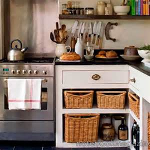 small country kitchen best 25 small country kitchens ideas on