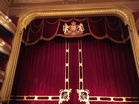 opera curtains curtain at the royal opera house in covent garden london
