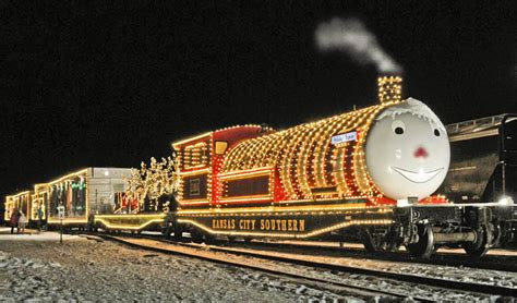 what are the best christmas trains 8 best polar express rides for 2017 locations of polar express trains