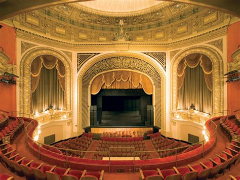 wisconsin house wisconsin native s book celebrates historic theaters
