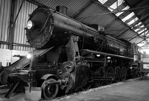 steam engine maintenance preparation bressingham steam