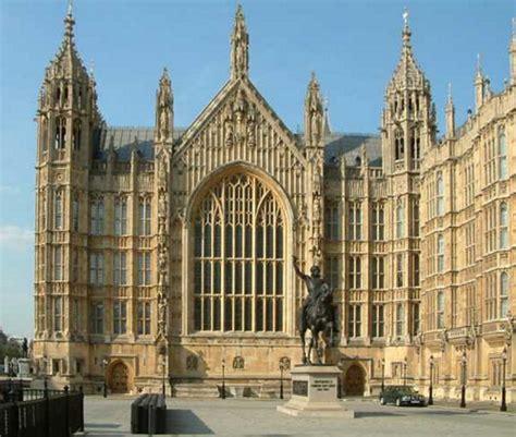 inglesparatodos the houses of parliament le palais de westminster