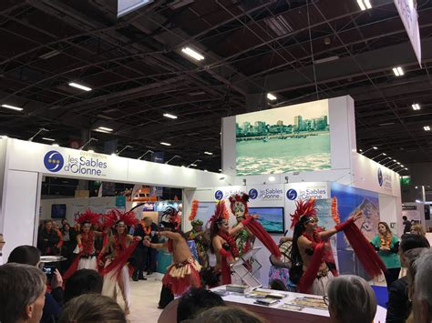 boat show london 2018 hostess agency at the london boat show 2018 excel london
