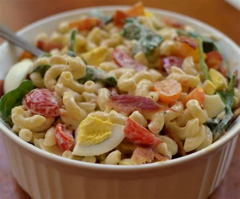 pasta salad with bacon macaroni salad with bacon and tomato