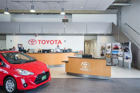 Toyota Dealers Seattle Toyota Of Seattle Seattle Wa