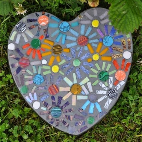 mosaic craft for 10 garden mosaic projects diy craft projects