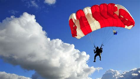 parachute 3 livre llve giz explains how to jump out of a plane and live to tell about it gizmodo australia