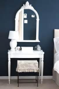 benjamin moore gentleman s gray dark blue bedroom paint