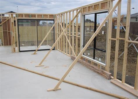 Wall framing temporary bracing