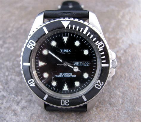 timex dive watches vintage mens timex stainless steel quartz divers style