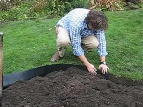 Install Plastic Landscape Edging How To Install Recycled Plastic Lawn Edging Roll Around