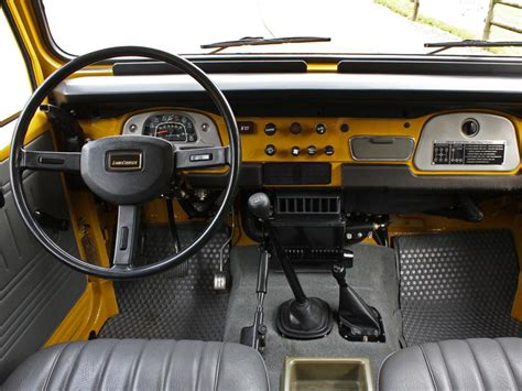 classic land cruiser interior land cruiser fj40 interior toyota land cruisers fjs