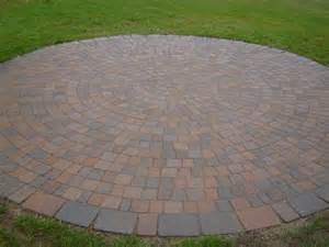 Circular Patio Pavers Circle Patio Brick Pavers Patio And Circles