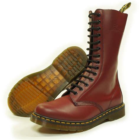 Sepatu Boot Dr Marten Code Dr 02 doc martins cherry 14 eyelet 1914 mens boot dr