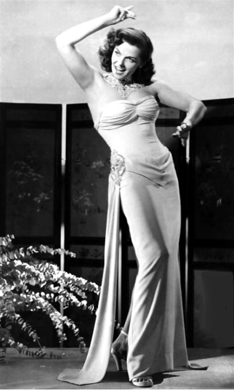 the fifties jane russell beguiling hollywood pinups gogo jane russell 1950s glamour sexy hollywood