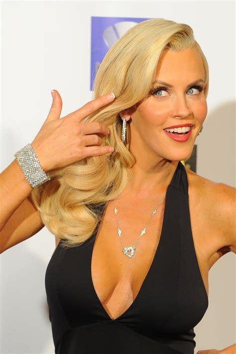 best free hosts sexiest talk show hosts top 10 alux
