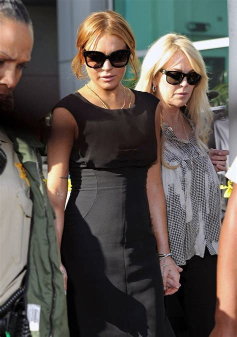 dina lohan short hair more pics of lindsay lohan platform pumps 1 of 22