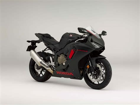 honda cbr all models and here is the base model 2017 honda cbr1000rr