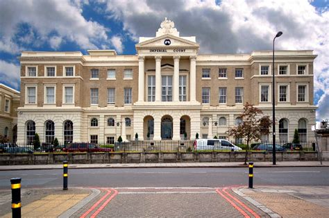 Or The Imperial Court Imperial Court Kennington Se11 1 Bed Flat Se11 5qn 163 300 For Sale Mouseprice