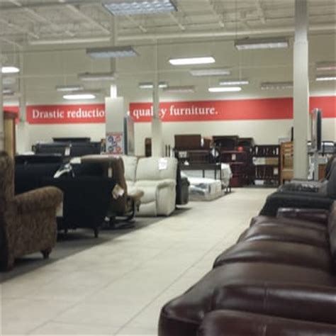 Homemakers Furniture Des Moines by Homemakers Furniture 37 Photos 30 Reviews Furniture Shops 10215 Douglas Ave Urbandale