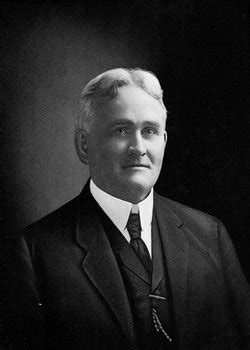 Dr Robert E Minahan (1858-1935) - Find A Grave Memorial