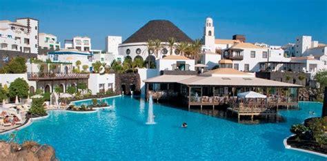 lanzarote best hotel hotel the volcan lanzarote playa blanca luxury hotels