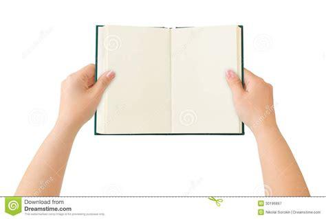 libro las oscuras manos del libro abierto en manos fotograf 237 a de archivo libre de regal 237 as imagen 30196897