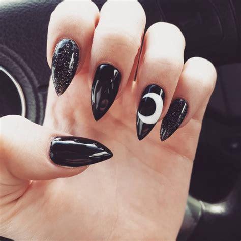 Imagenes De Uñas Blancas Con Negro | 20 dise 241 os de manicura negro que te encantar 225 n