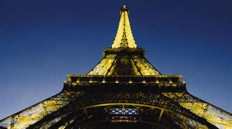 comprare casa a parigi news immobiliare it all ombra della torre eiffel il