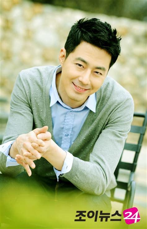 film drama korea jo in sung 2015 legjobb koreai sz 237 n 233 szei szakmabeliek szavazatai