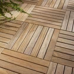 dalle de terrasse en bois nivrem dalle bois pour terrasse diverses id 233 es de