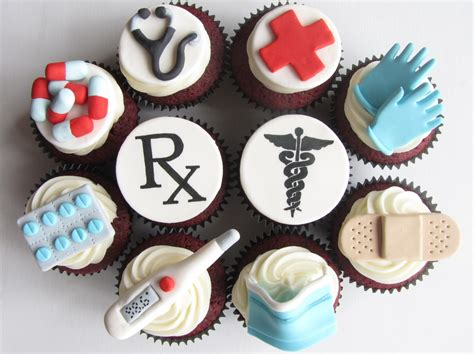 13 Medical Cupcakes We All Should Try Positivemed Doctor Themed Cupcakes